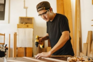 Position available: Handyman or Carpenter, Northern Suburbs Melbourne VIC